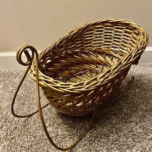 Large Basket Sleigh/Metal Frame (Porch,Gifts, Etc)